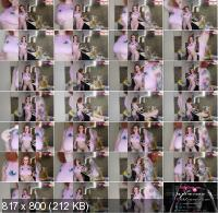 Porn - Katty Grray - Busty Redhead Dances Naked on Kitchen - Soft Erotica (FullHD/1080p/177 MB)
