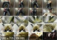 Shiny Messy Leggings with World Of Shit [FullHD / 2020]